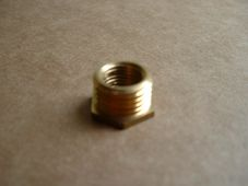 Fuel tap adaptor, 1/4 BSP to 1/8 BSP, brass